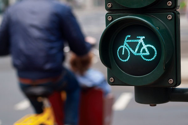 cycle_low_level_traffic_light